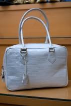 クロコダイルのハンドバッグ