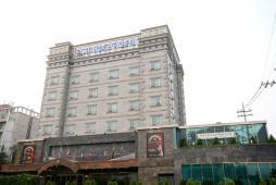 ウィンザーキャッスルホテル