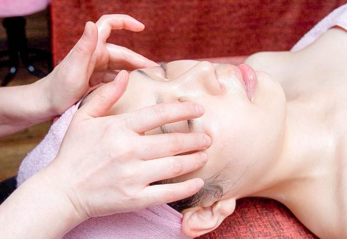 清洁,面部去角质护理) -面部骨气舒缓按摩 ,瘦脸护理 腹部温热按摩(75