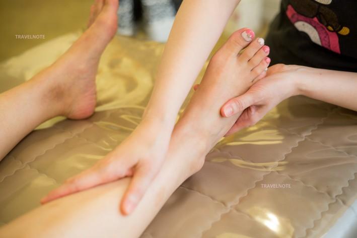 美容院腿部按摩手法图解