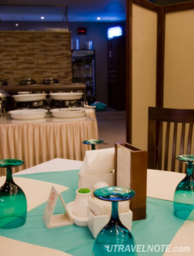 レストラン「ミラボ」